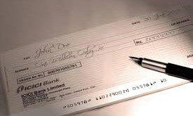 Assegno circolare compilato dalla banca