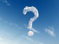 punto interrogativo fatto di nuvole