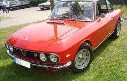 Auto storica rossa