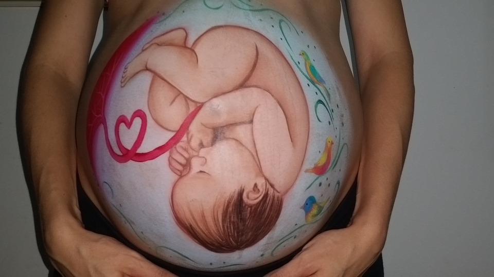 donna in maternità