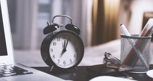 orario ore orologio tempo sveglio scadenza